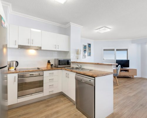 1-2-bedroom-mooloolaba-accommodation11