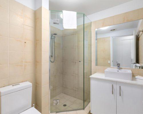 1-2-bedroom-mooloolaba-accommodation12