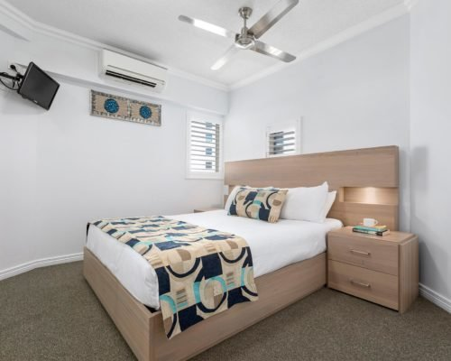 1-2-bedroom-mooloolaba-accommodation2