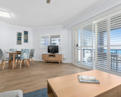 1-2-bedroom-mooloolaba-accommodation7
