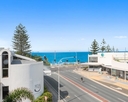 1-2-bedroom-ocean-view-mooloolaba-403-4