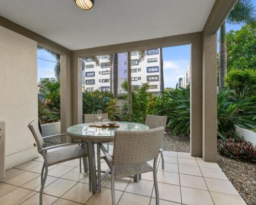 2-bedroom-ground-floor-mooloolaba-accommodation-102-3