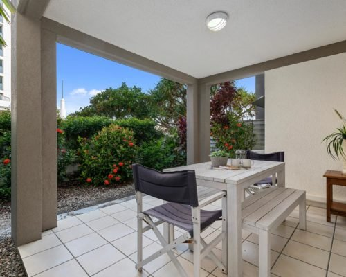 2-bedroom-ground-floor-mooloolaba-accommodation-104-6
