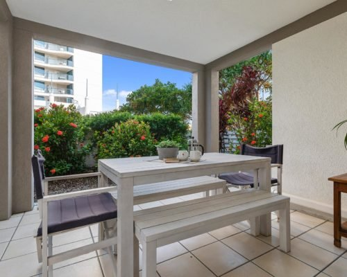 2-bedroom-ground-floor-mooloolaba-accommodation-104-7