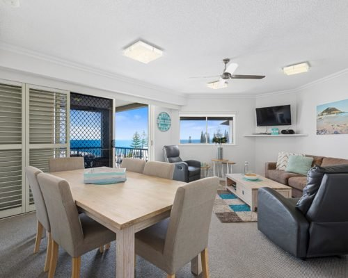 2-bedroom-rooftop-mooloolaba-accommodation-502-2