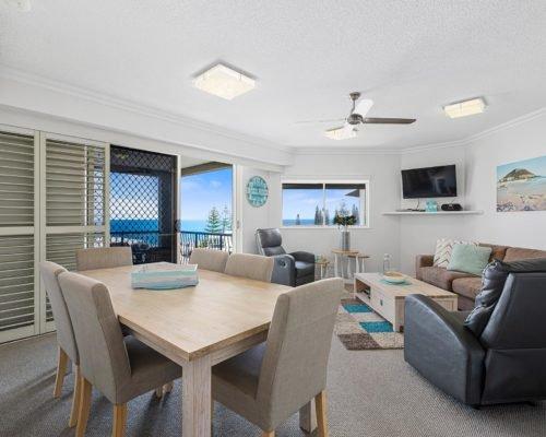 2-bedroom-rooftop-mooloolaba-accommodation-502-2