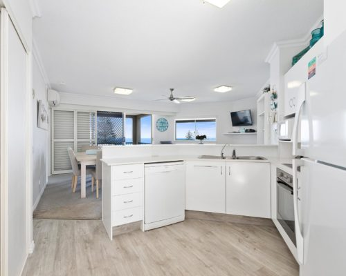 2-bedroom-rooftop-mooloolaba-accommodation-502-4