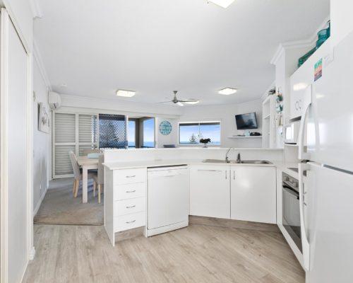 2-bedroom-rooftop-mooloolaba-accommodation-502-4