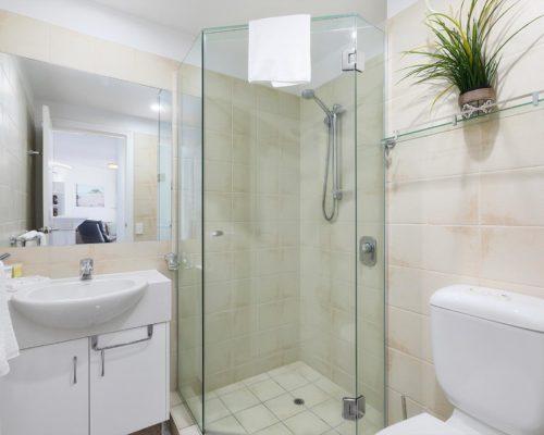 2-bedroom-rooftop-mooloolaba-accommodation-502-8
