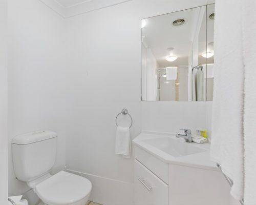 2-bedroom-rooftop-mooloolaba-accommodation-604-12