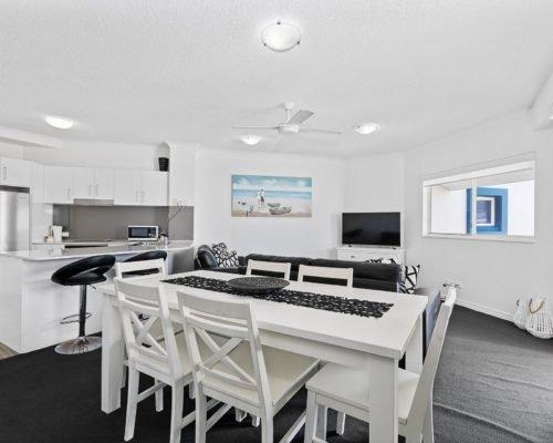 2-bedroom-rooftop-mooloolaba-accommodation-604-17