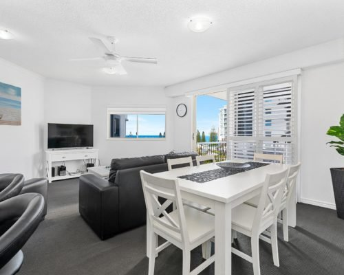 2-bedroom-rooftop-mooloolaba-accommodation-604-2