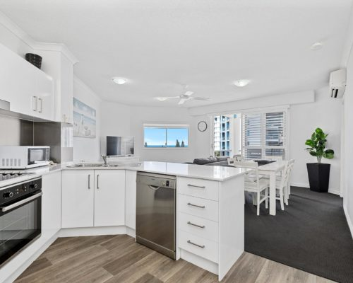 2-bedroom-rooftop-mooloolaba-accommodation-604-3