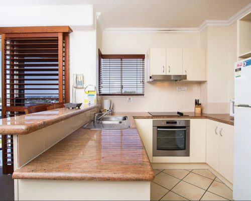 raffles-mooloolaba-accommodation-505-9